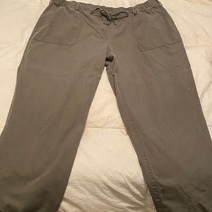 Lands End Women's Cargo pants, never worn.